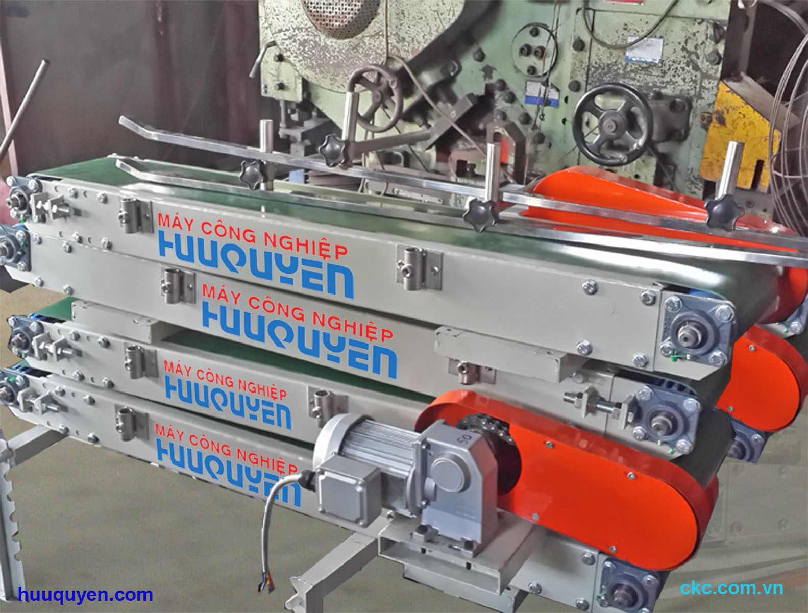 Sản xuất chế tạo băng tải dẫn may miệng bao