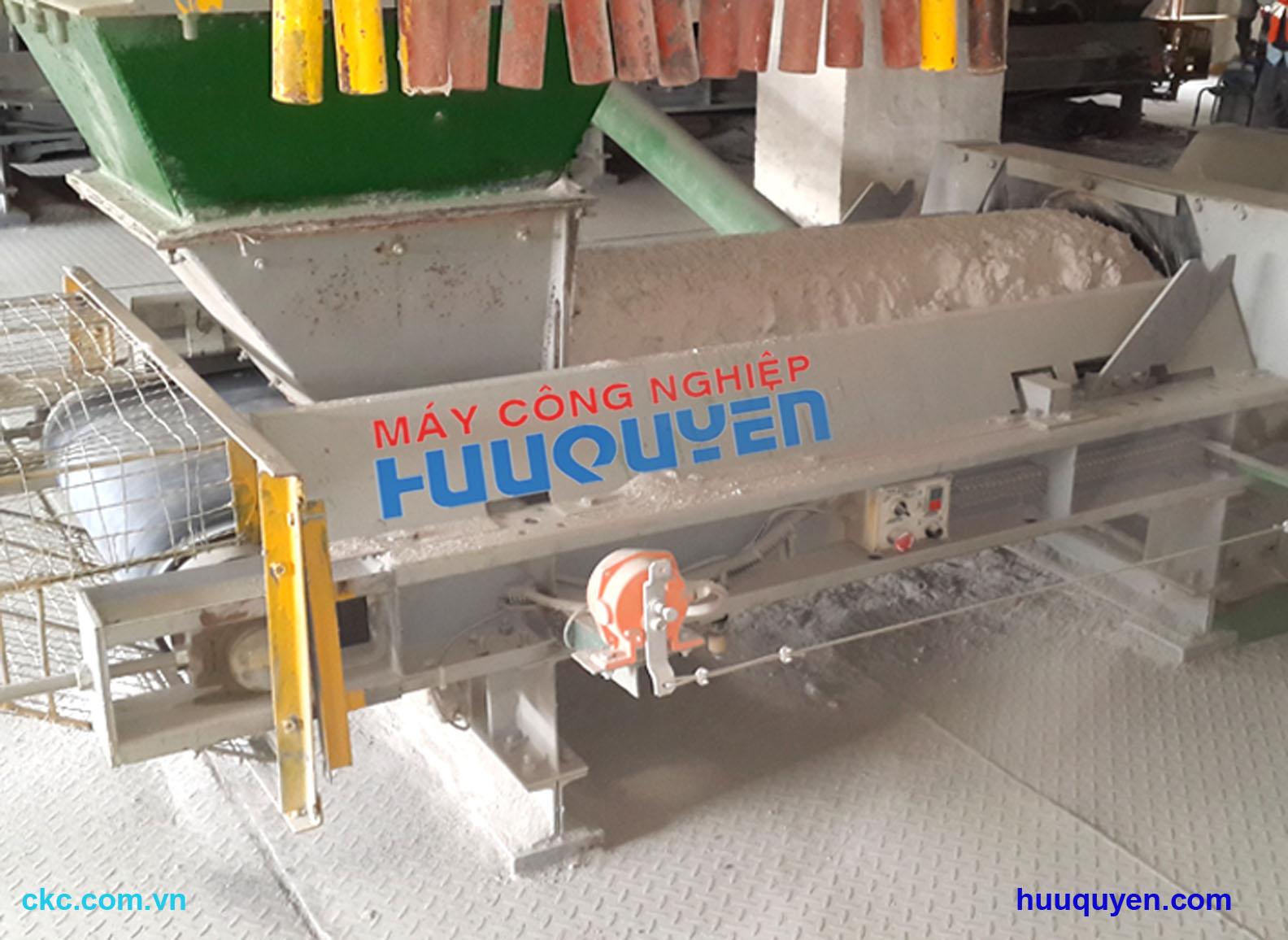 Cân định lượng băng tải cấp liệu cho máy trộn, lò hơi, lò sấy