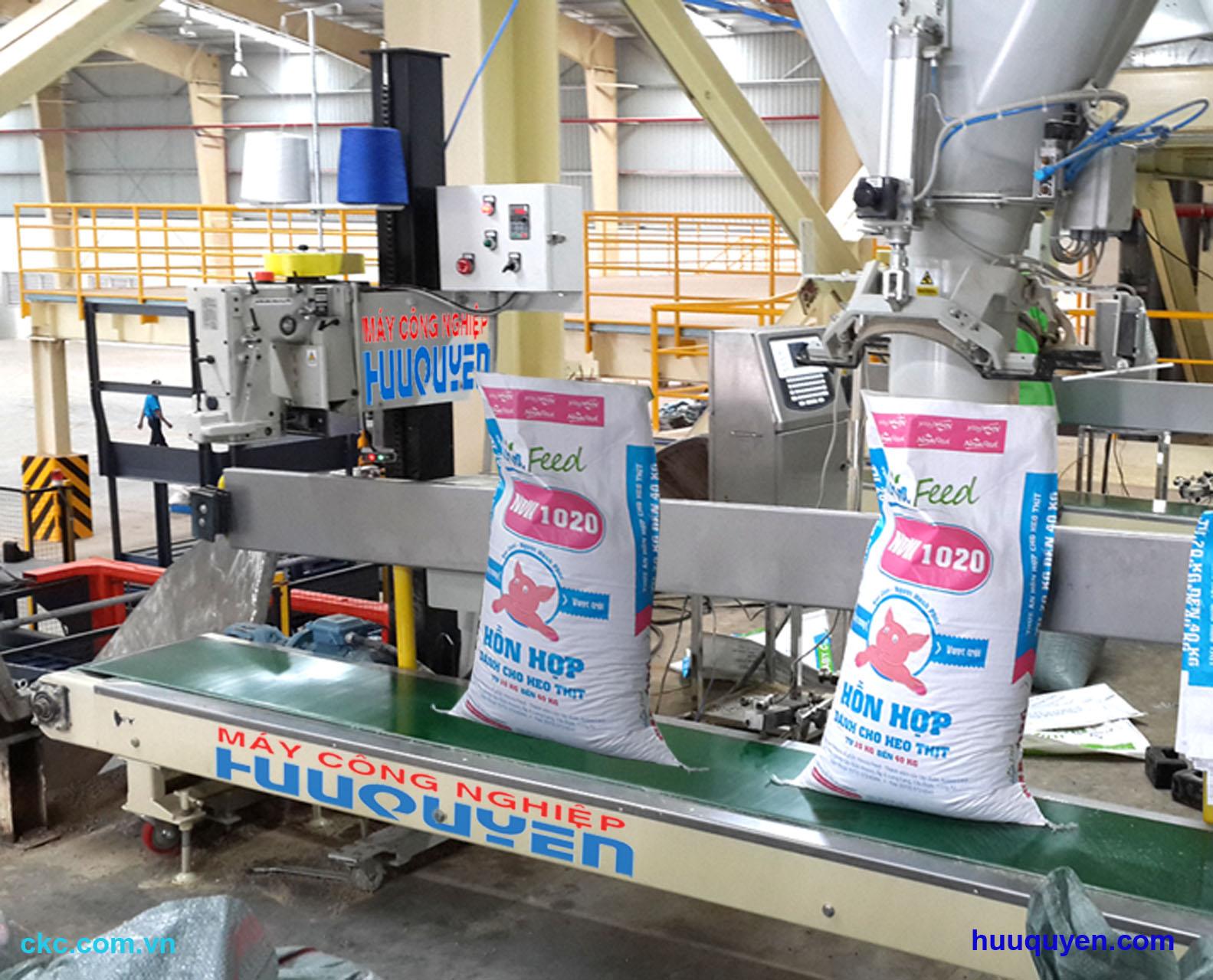 Máy khâu miệng bao công nghiệp chuyên dùng trong nhà máy cám thức ăn chăn nuôi