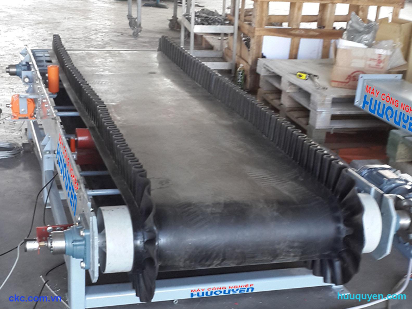 Modul loadcell lắp trên băng tải định lượng phối trộn trong trạm nghiền xi măng
