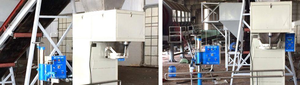 Máy cân đóng bao phân hữu cơ trong nhà máy xử lí rác thải sinh hoạt